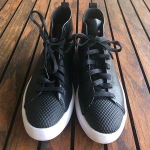 Converse Shoes - Converse All Star Modern Hi